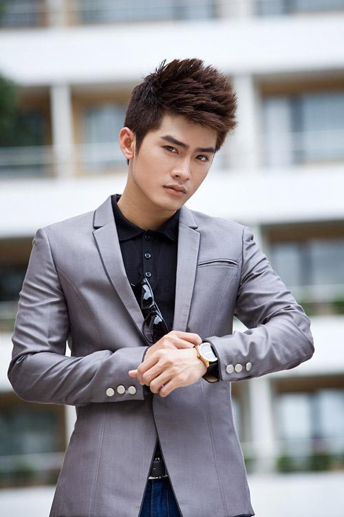 a - Cách mắc áo vest đẹp cho nam
